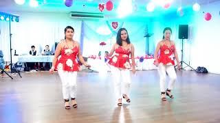 Australia - FNQ Hmong Women Line Dance Valentine Party - Niam Tsev Hmoob toj siab