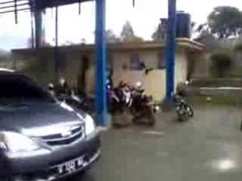 Distribusi Barang Di KOP SAE Pujon