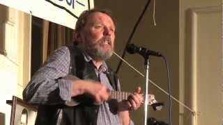 "George Formby Spring Convention 2013  Paul Culkin sings ""A very Modern Wedding"""