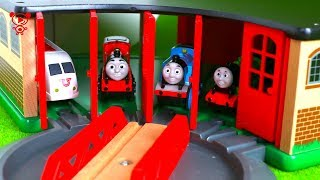 Wooden trains for kids with Thomas the Train in the brio city - brio railway for kids