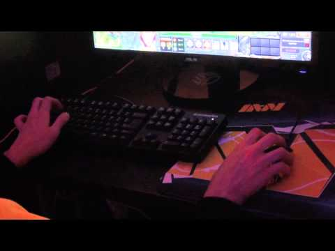 Dendi and Puppey warming up @ DreamHack Summer 2013