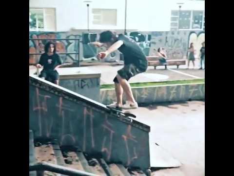 Hubba fun @yurifacchini | Shralpin Skateboarding