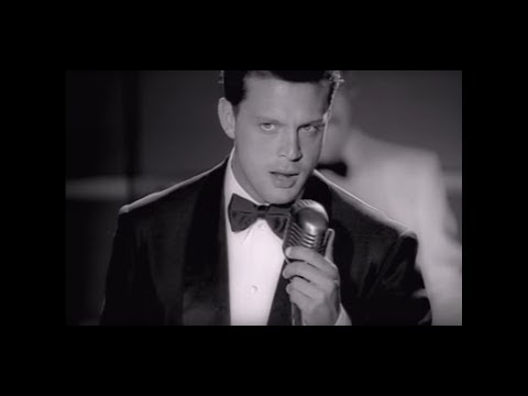 2010 WMG Luis Miguel interpreta el tema por debajo de la mesa en su video oficial desde el canal de youtube de Warner Music Mexico, checa mas videos deLuis...