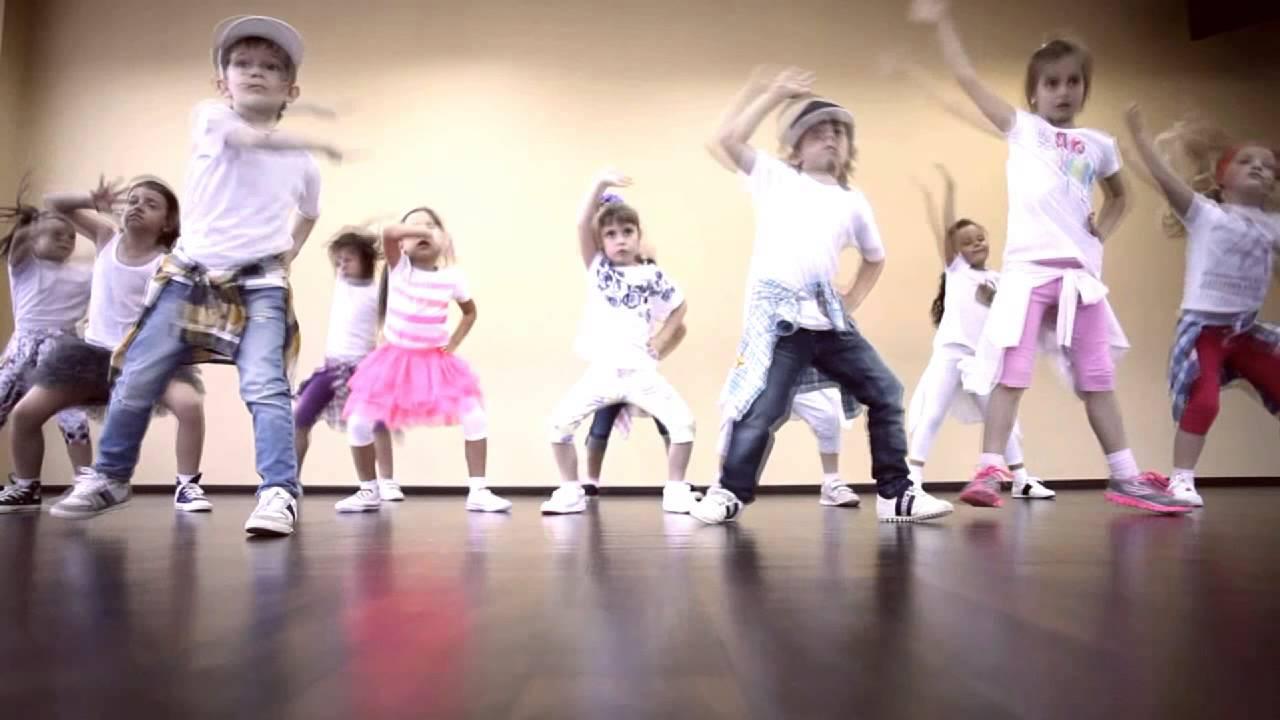 представляем подборку смешанная группа в танцах как определяется возраст появлении сухости