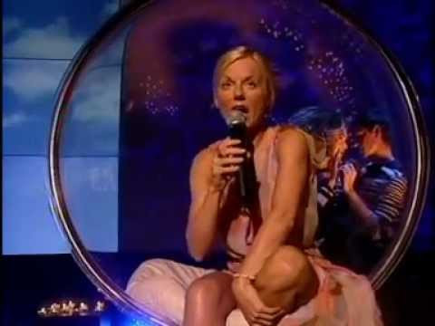 Geri Halliwell - Love Is The Only Light live TOTP.mpg