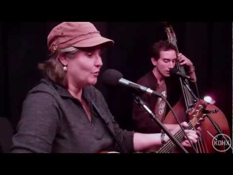 """Laura Doherty """"Hula Hoop"""" live at KDHX 10/21/11"""