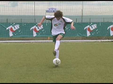 Brazilian Soccer Schools - Super Skills Part 2