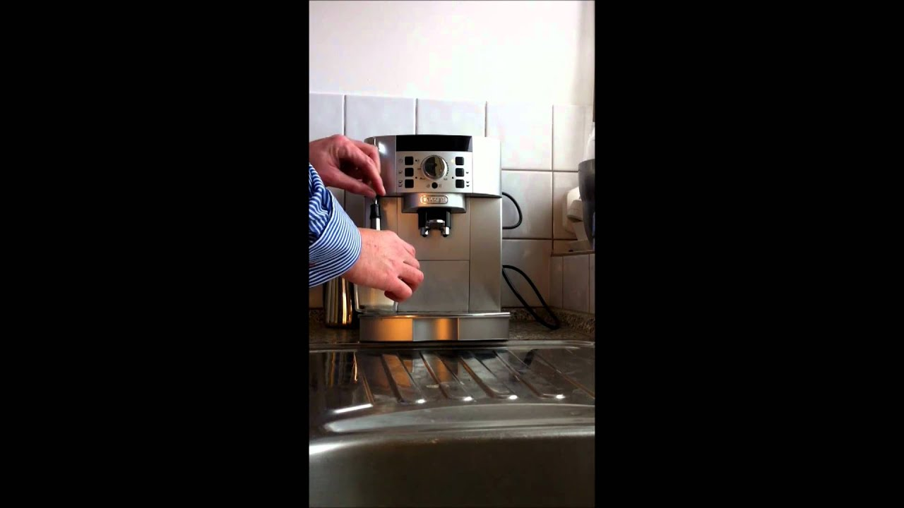 delonghi ecam sb magnifica s youtube. Black Bedroom Furniture Sets. Home Design Ideas