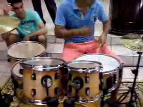 Seu sangue fernandimho (drum cover ) Junior Drums