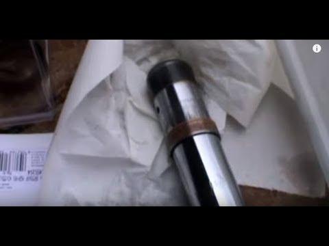 Yamaha FZS 1.000 FAZER (2005) Cambio de aceite y de retenes de horquilla delantera. Fork oil change.