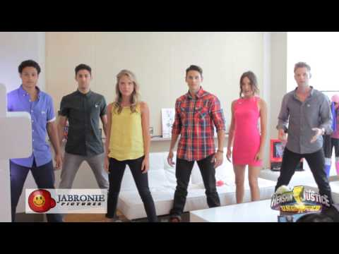 Power Rangers Super Megaforce Do the Kamen Rider Henshin Transformation