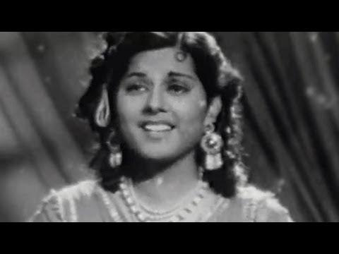 Chand Muskuraye Sanam - Talat Mahmood, Mubarak Begum, Baghdad Ka Jadoo Song video