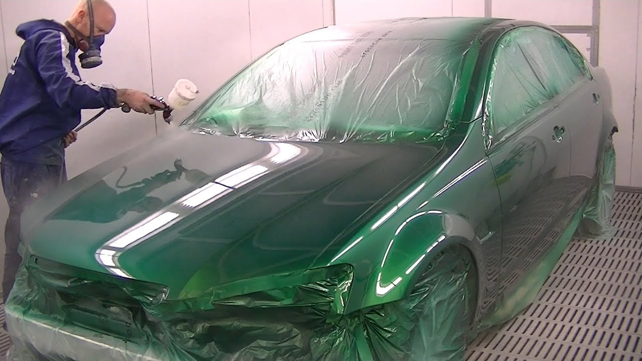 ve ss commodore poison ivy green spray painting youtube. Black Bedroom Furniture Sets. Home Design Ideas