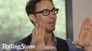 Tom Cavanagh Explains How to Nail a Supervillain Voice