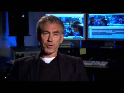"Tony Gilroy's Official ""The Bourne Legacy"" Interview - Celebs.com"