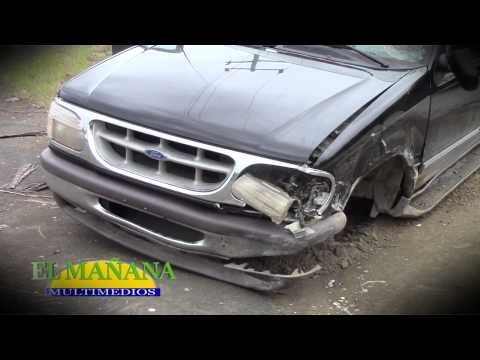 Chocaron vehículos en la Valles-Naranjo
