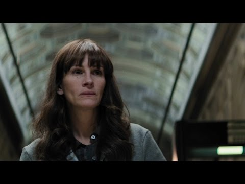 Julia Roberts, Nicole Kidman and Chiwetel Ejiofor Hunt Down a Killer in 'The Secret in Their Eyes'