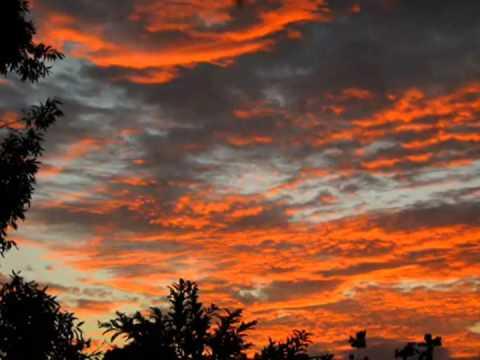 Capital Inicial -  Sol Entre Nuvens
