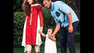 shakib al hasan with his daughter.