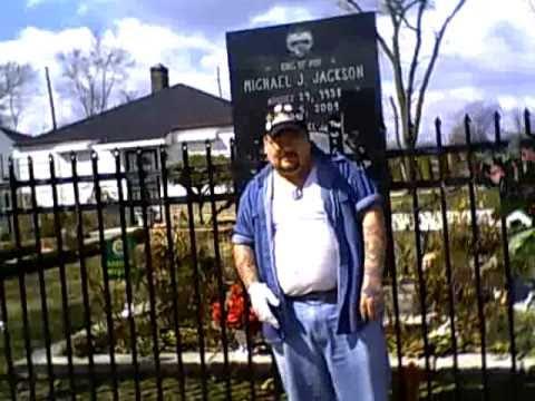 Me aka Thomas Rader, Chris Hall, Erie, Courtney Judd at Gary,Indiana going to michael Jackson House
