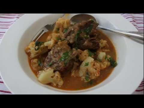 Coconut Curry Beef Short Ribs and Cauliflower &#8211; A Classic American Curry Recipe