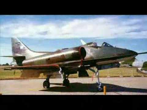 Malvinas hundimiento del Coventry por Fuerza Aerea Argentina