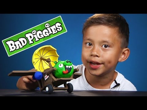 BAD PIGGIES Clay Model - Airplane Freckled Pig Figure CHECK IT OUT!   Angry Birds Spin-off!