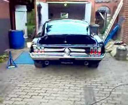 LOUD! Ford Mustang 1968 Fastback Shelby soundcheck with new exhaust 2 / 5