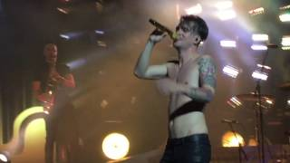 Panic! at the Disco - Death of a Bachelor (Live)
