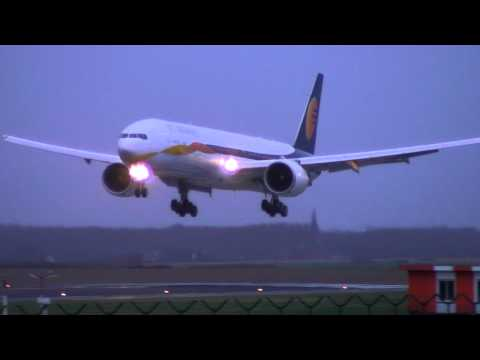 Jet Airways Boeing 777-300ER Landing Brussels airport