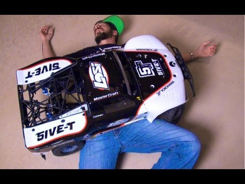 RC ADVENTURES - LOSI 5IVE T KILLS ME!  IT'S Incredible! A Great Unboxing Video