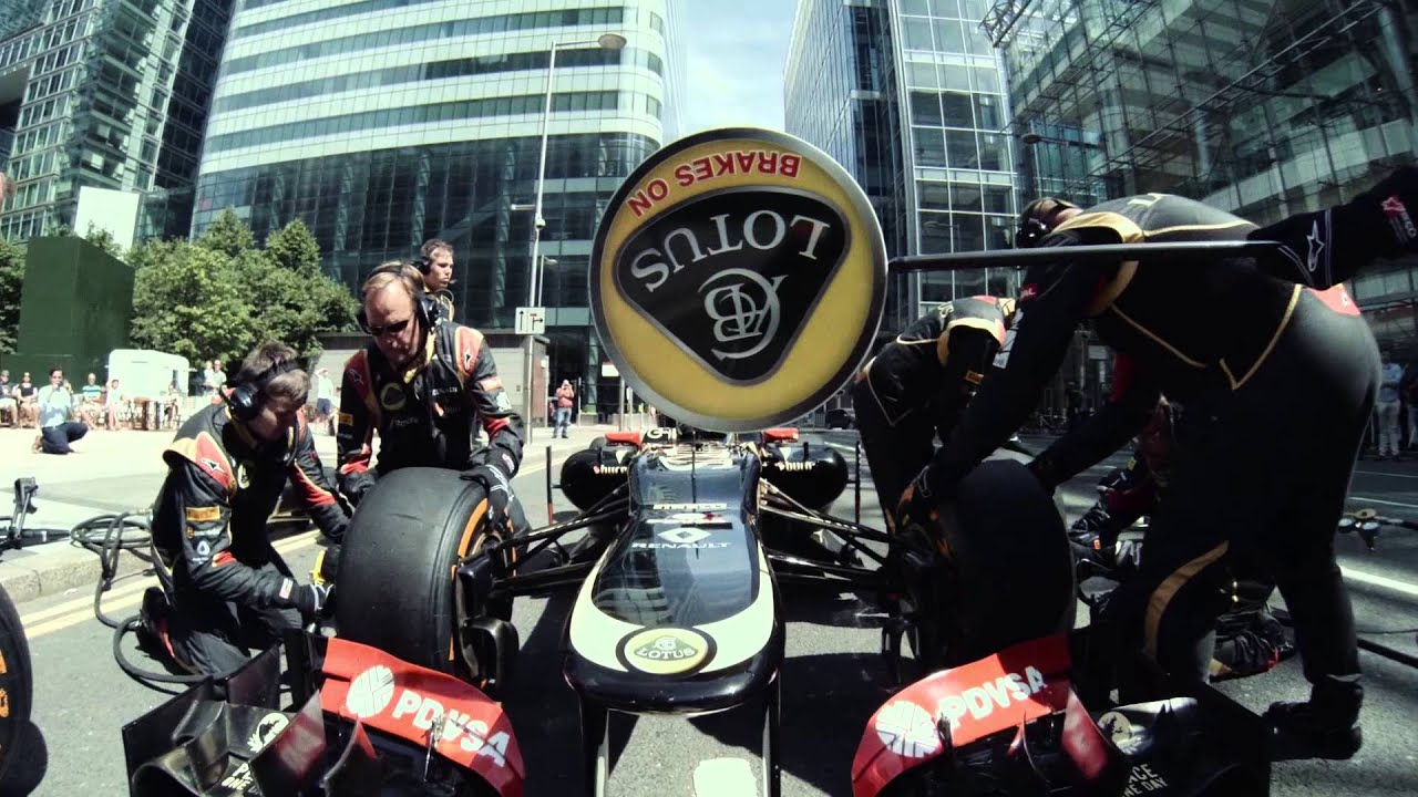 LOTUS F1 CAR TESTING THE BRITISH GRAND PRIX ON LONDON STREETS