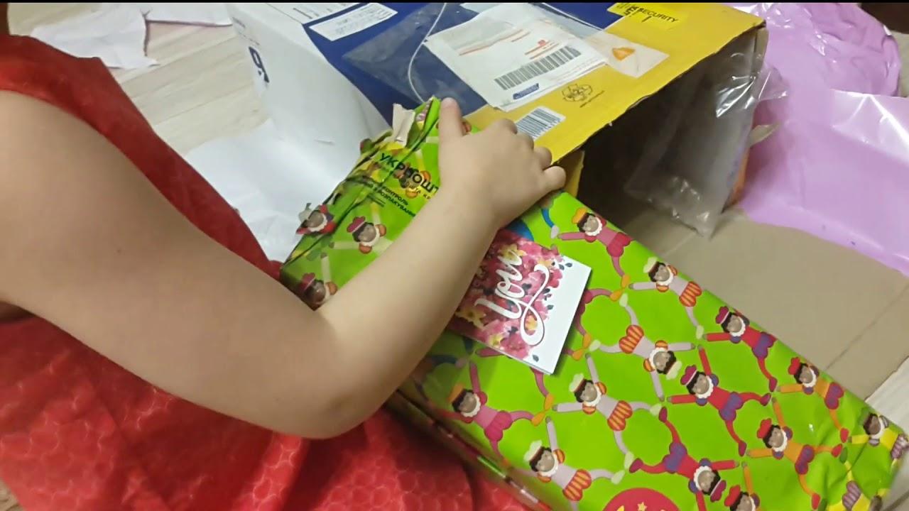 Как открывают подарки с катей 480