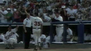 Niekro exits to ovation during final game