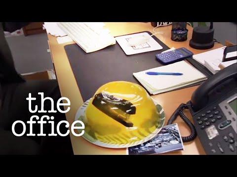 Stapler in Jelo // Jim Vs Dwight Pranks // The Office US