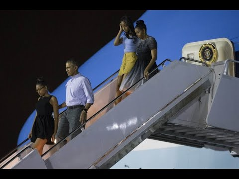 Aloha, Obamas: First Family Vacations in Hawaii for Christmas Break