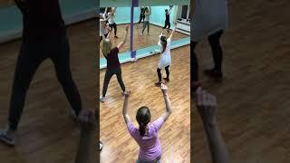 """Зумба-фитнес,тренировка в студии """"Crystal Dance"""""""
