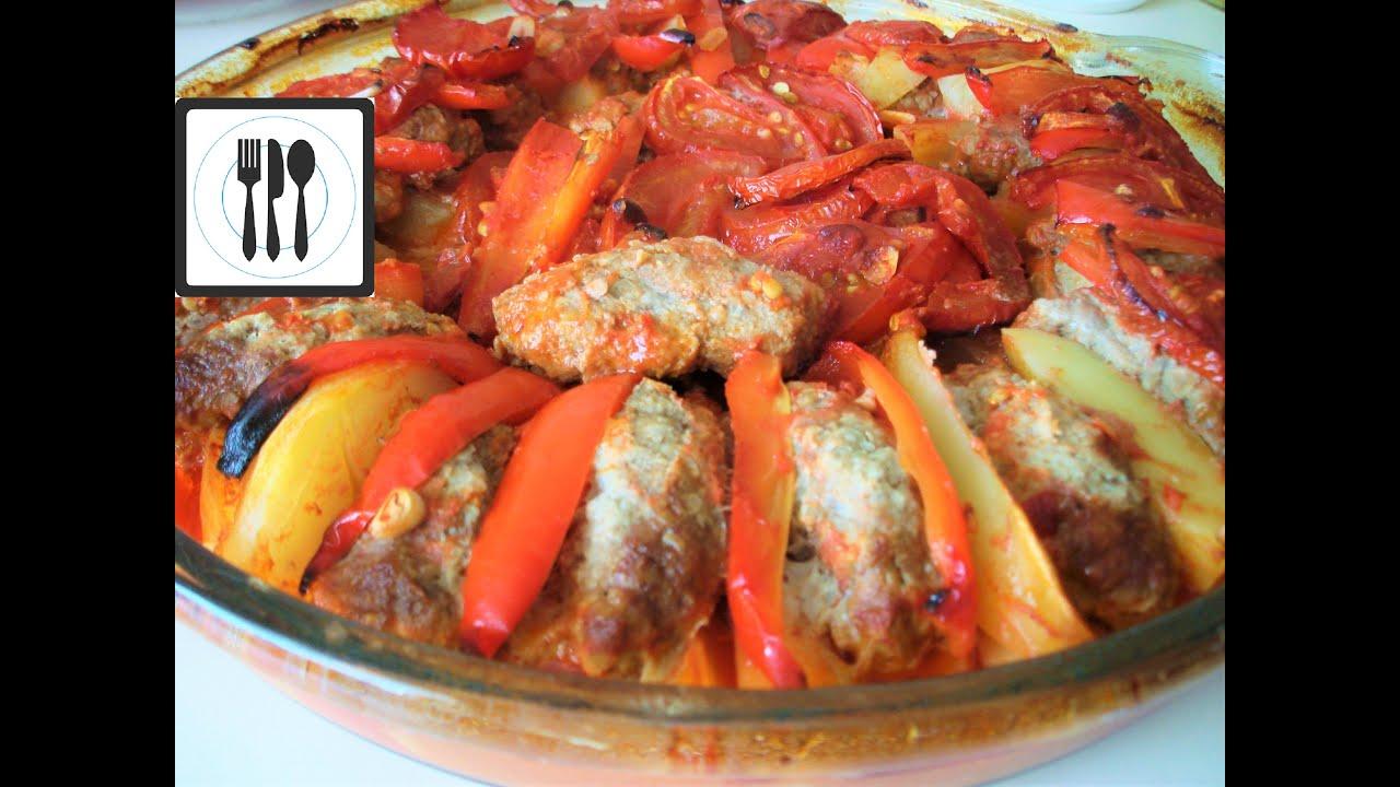 Картошка в духовке с фрикадельками рецепт