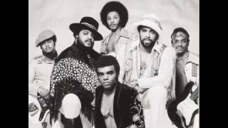 Watch Isley Brothers Between The Sheets video