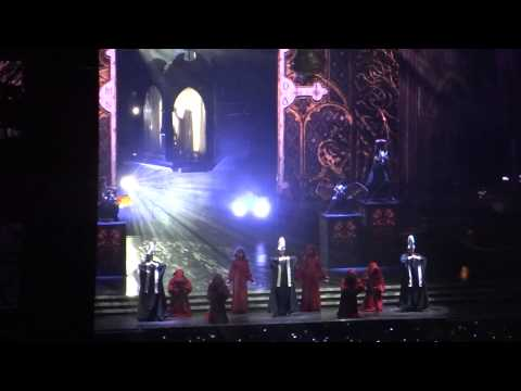 Madonna - Gregorian Chant Virgin Mary Intro - Girl Gone Wild, Buenos Aires, Argentina 13-12-2012 Hd video