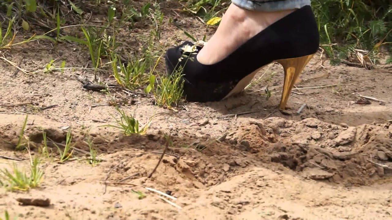 how to walk in heels properly