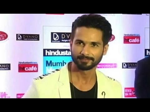 Marriage on the cards, I'm very happy: Shahid Kapoor