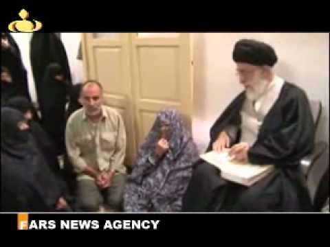 imam khamenei visits family of a martyr