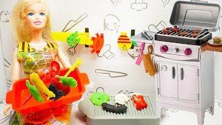 Mainan Masak Bermain Doh! Barbie Masak-Masakan Barbeque! Barbie Cooking BBQ with Play Doh