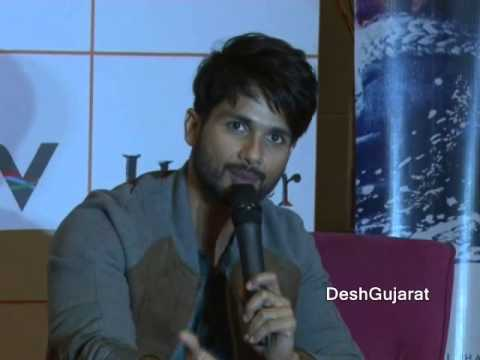 Bollywood stars Shahid Kapoor and Shraddha Kapoor promote Haider in Gujarat