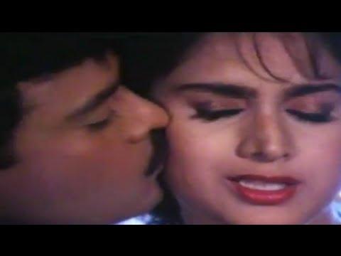 Minakshi Sheshadri - Ek Pappi Dede Mujhe - Aaj Ka Gundaraj -...