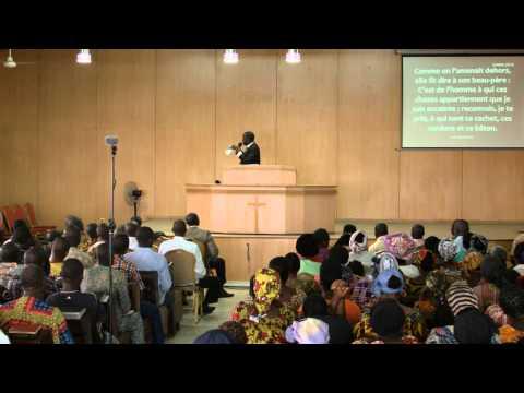 Eglise d'Abidjan - Dim. 28 décembre 2014 - Fr Mathias KIENDREBEOGO - FR