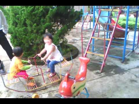 Chau Di Mau Giao Truong Mam Non Hoa Mai video