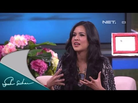 Sarah Sechan - Raisa - Penyanyi video
