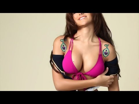 The Melanie Iglesias Flip Book: Part 3 (Halloween Edition)